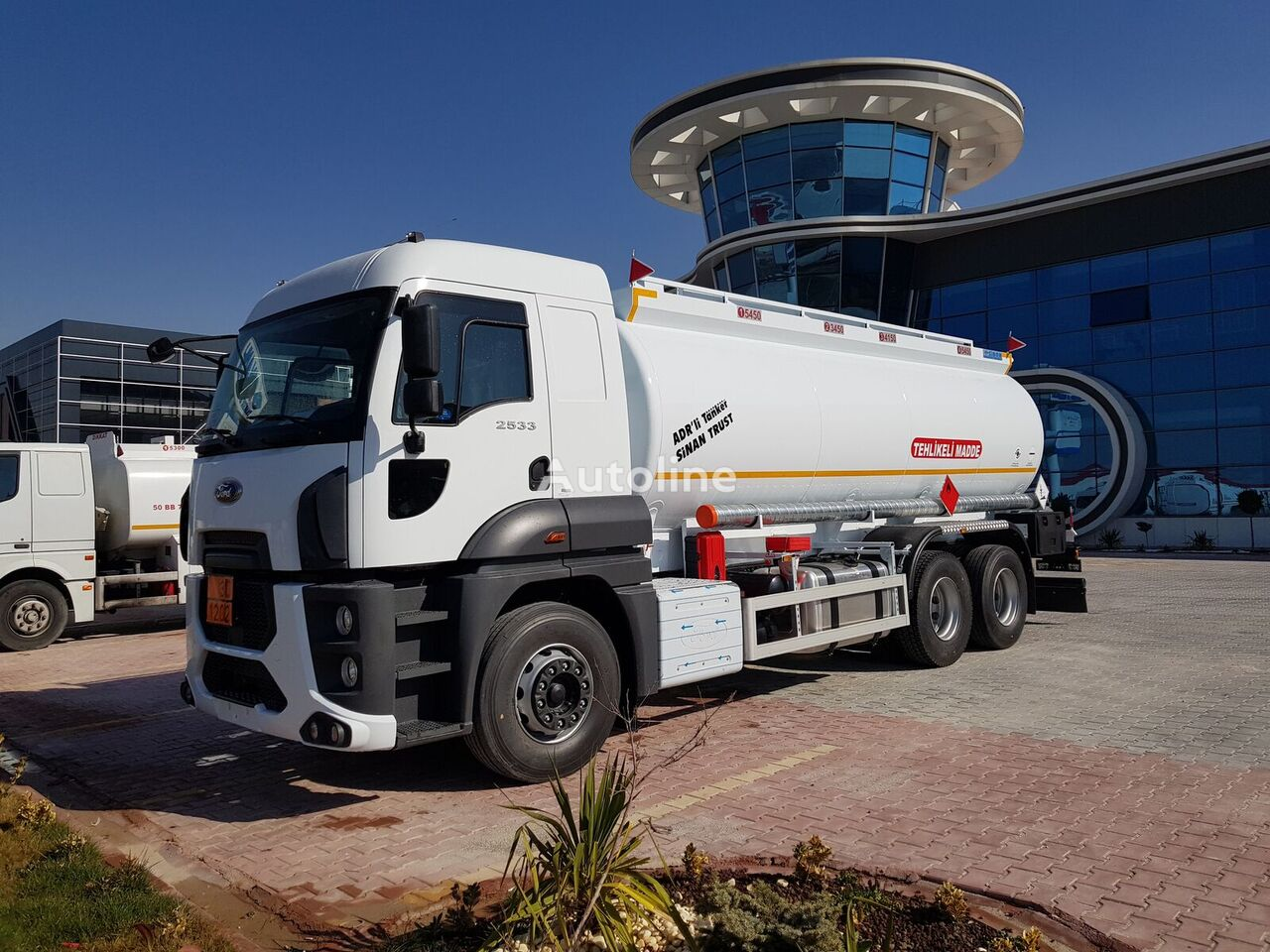 нов камион цистерна за горива MERCEDES-BENZ Fuel Tank