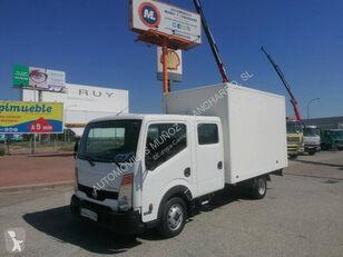 камион фургон NISSAN 35.13
