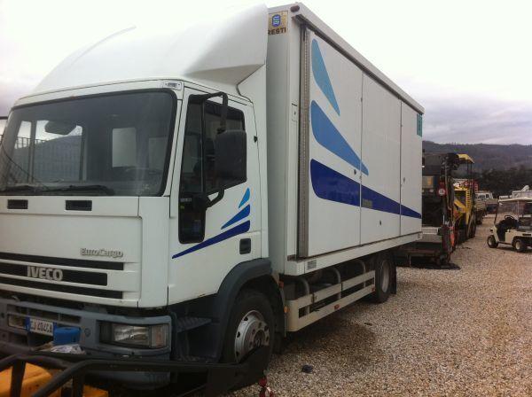 камион фургон IVECO 120 E 23