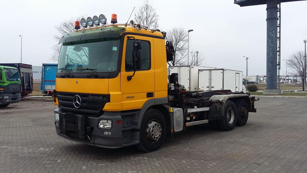 камион кабелна система MERCEDES-BENZ 2532 ACTROS HIAB 085 ABROL