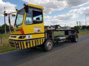 камион контейнеровоз TERBERG BC182