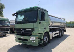 камион млековоз MERCEDES-BENZ Actros МЛЕКАРКА