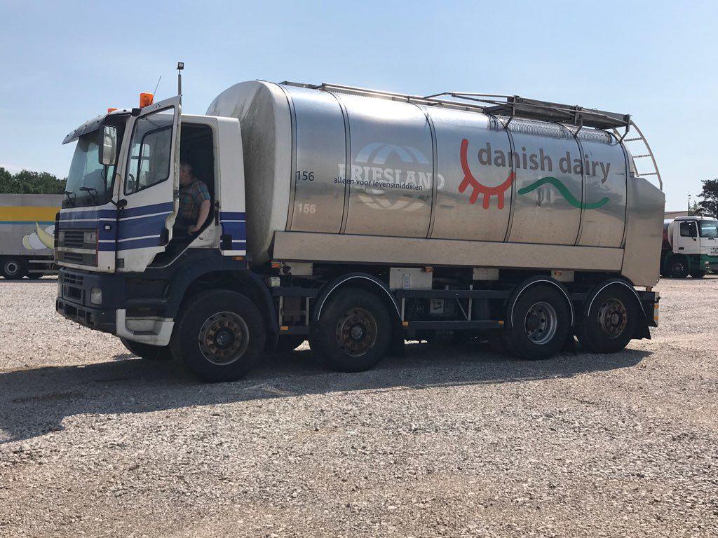 камион млековоз DAF CF 340