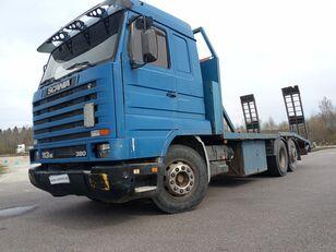 камион платформа SCANIA 113