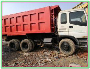 камион самосвал ISUZU