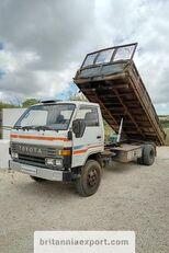 камион самосвал TOYOTA Dyna 300 14B 3.6 diesel left hand drive 7.5 ton