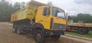 камион самосвал МАЗ