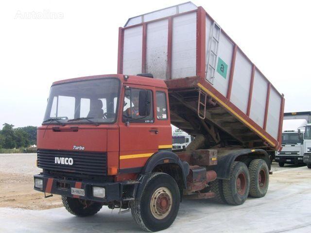 камион самосвал IVECO 330.30