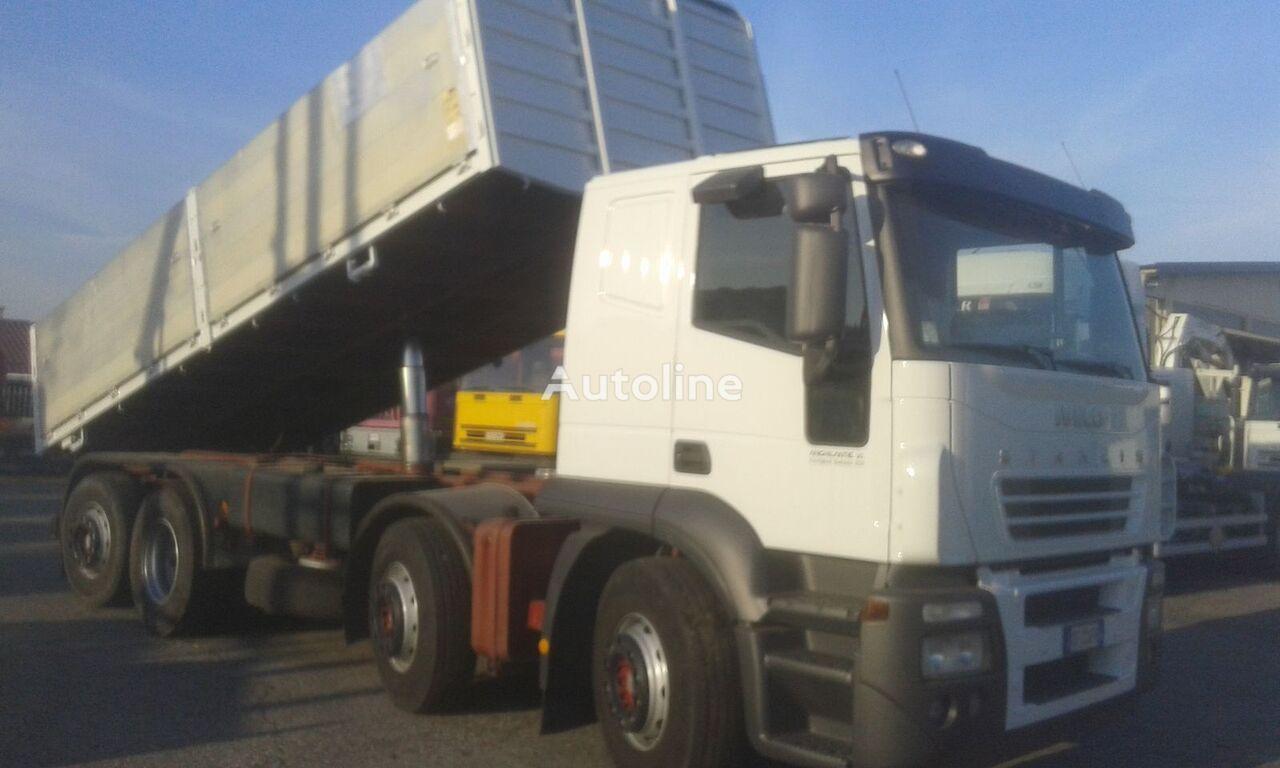 камион самосвал IVECO EUROTEK 320E43