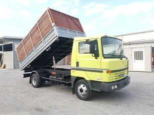 камион самосвал NISSAN L70.88 RIB. TRILATERALE 70 Qli. Patente C