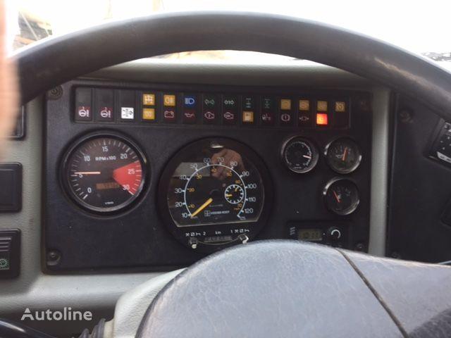 камион самосвал TATRA 8x8