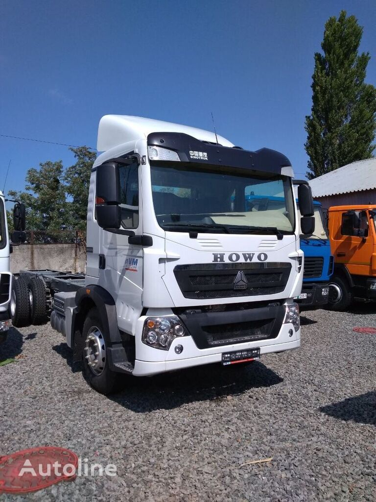 нов камион шаси HOWO T5G 6x4