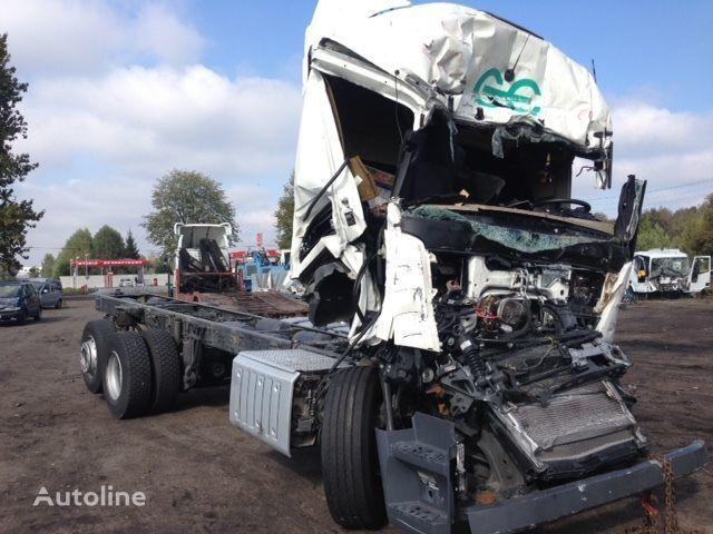 катастрофирал камион шаси MERCEDES-BENZ Actros 2642 на резервни части