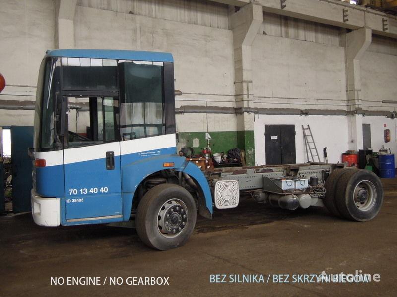 камион шаси MERCEDES-BENZ Econic 1828