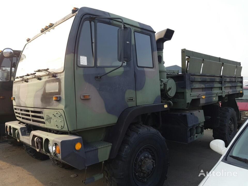 военен камион M1078 LMTV(Light Medium Tactical Vehicle)