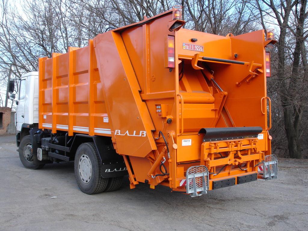 нов боклукчийски камион МАЗ 5340С2