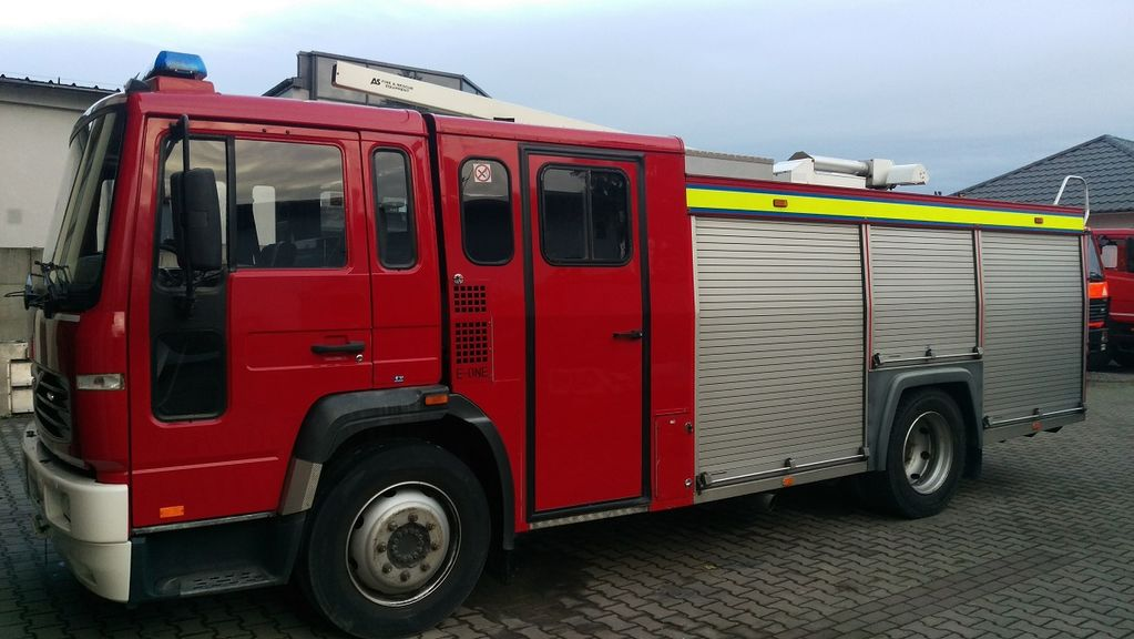 пожарна кола VOLVO FL6H Water Tank 2600L