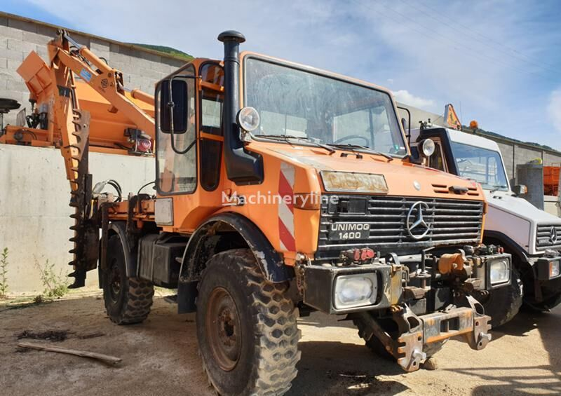 универсален комунален камион MERCEDES-BENZ Unimok 1400