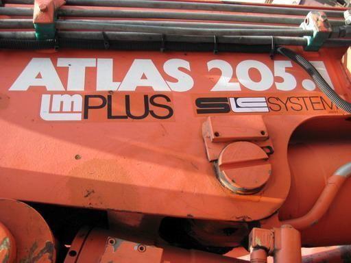прикачен кран ATLAS 205.1 (Герамания)