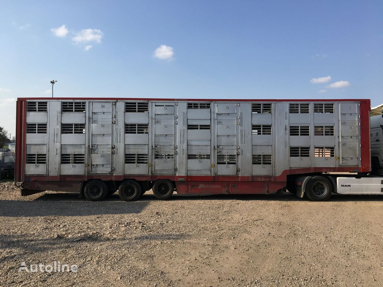 полуремарке за превоз на животни MICHIELETTO