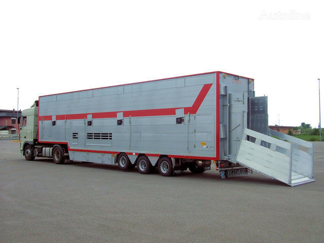 нов полуремарке за превоз на животни PEZZAIOLI SBA31 1+2