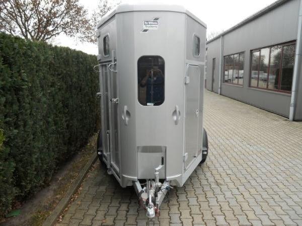 ремарке за превоз на коне IFOR Williams HB506