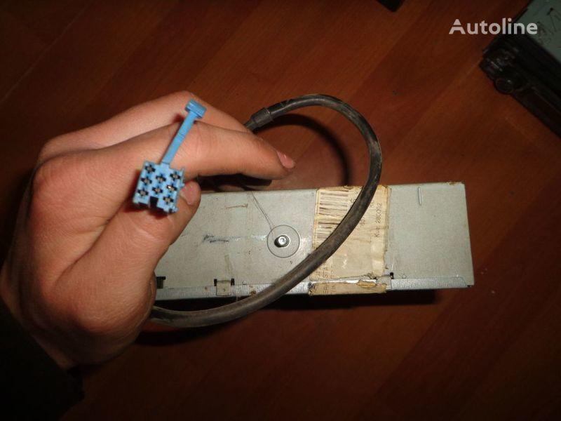 авторадио  Blaupunkt IDC A 09. 12V. 5 CD за бус