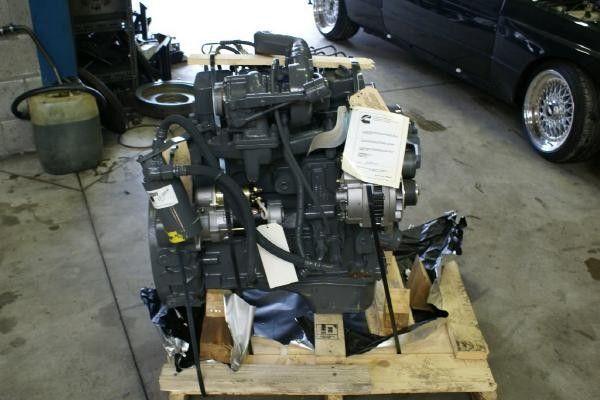 двигател CUMMINS 4 BT за бус