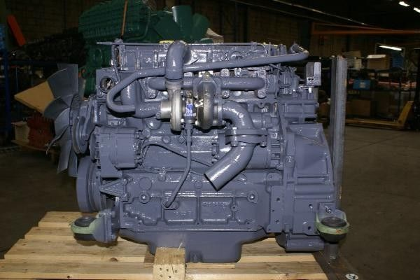 двигател DEUTZ BF4M1012 за друга строителна техника DEUTZ BF4M1012