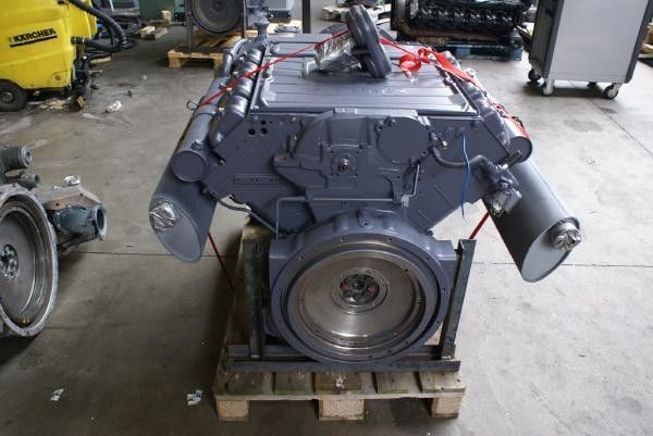 двигател за друга строителна техника DEUTZ F8L413FW