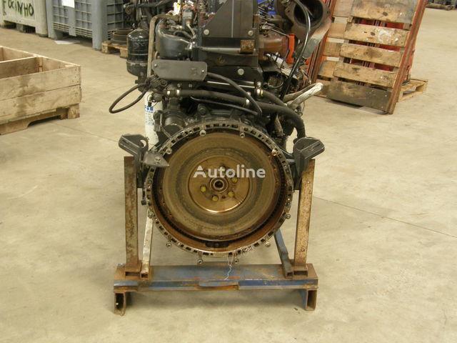 двигател  Renault MIDR 06.24.65 / 440HP за камион RENAULT 440