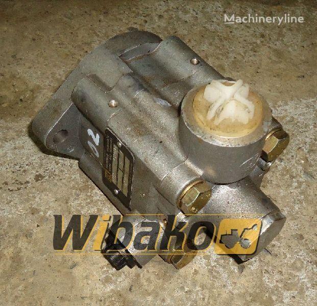 хидравлична помпа  Hydraulic pump Fahrzeug-hydraulik LF73 за багер LF73