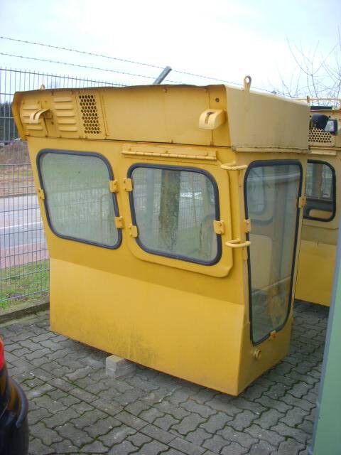 кабина за булдозер KOMATSU (290) Kabine / cab D 355