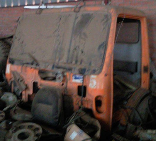 кабина MERCEDES-BENZ cabina SK за камион MERCEDES-BENZ 1835 3534