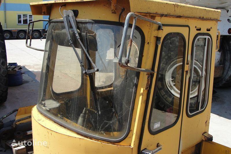 кабина за челен товарач VOLVO BM4600