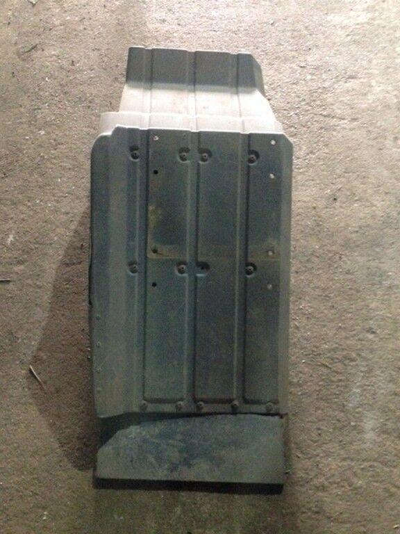 калник  переднее задняя левая часть (некондиция) за камион