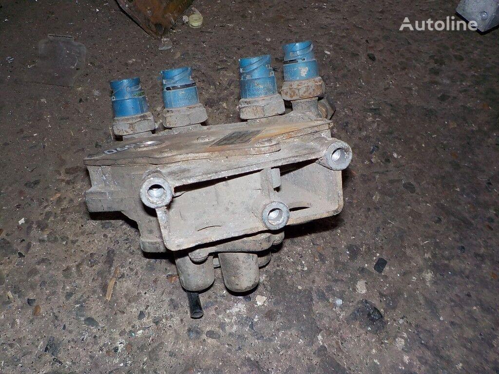 клапан  четырехконтурный защитный Renault за камион