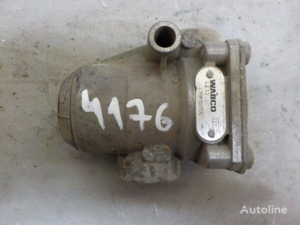 клапан  ограничитель давления,уровень подвески Volvo за камион