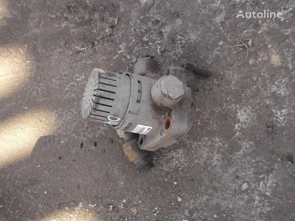 клапан MERCEDES-BENZ Клапан реле,тормозной за камион MERCEDES-BENZ
