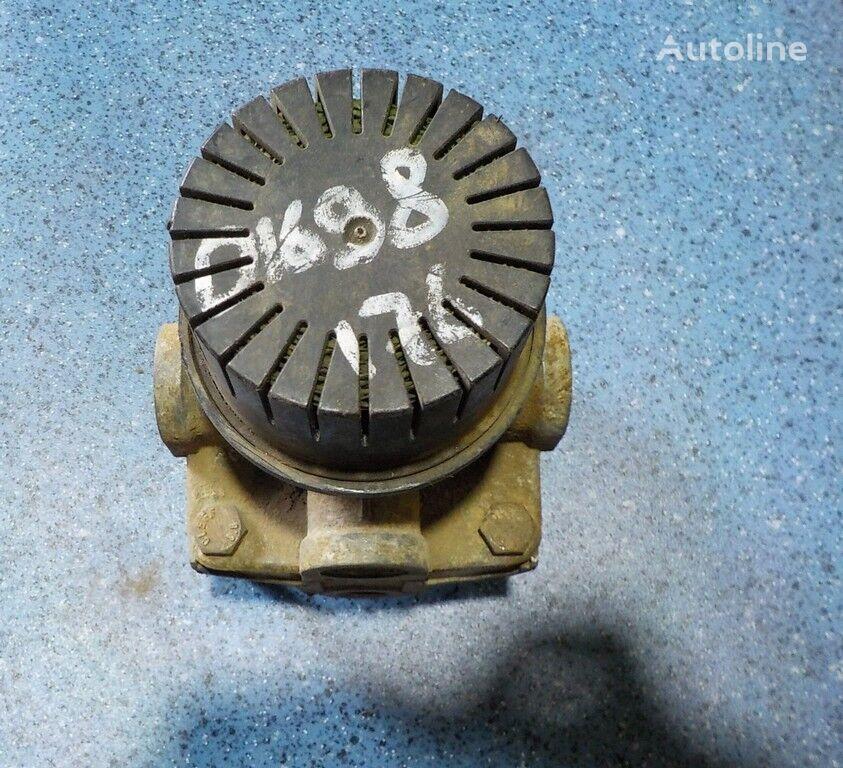 клапан SCANIA ускорительный за камион SCANIA