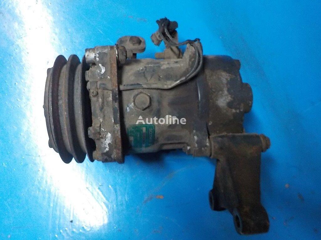 компресор климатик RENAULT за камион RENAULT