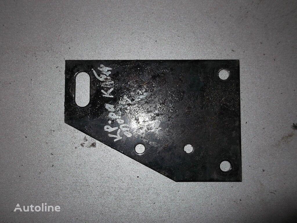 крепежни елементи  DAF Кронштейн демпфера подвески кабины за камион DAF