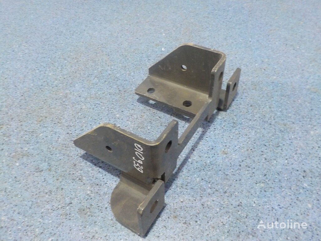 крепежни елементи SCANIA Кронштейн крепления брызговика за камион SCANIA
