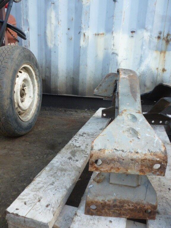 крепежни елементи SCANIA Траверса рамы за камион SCANIA