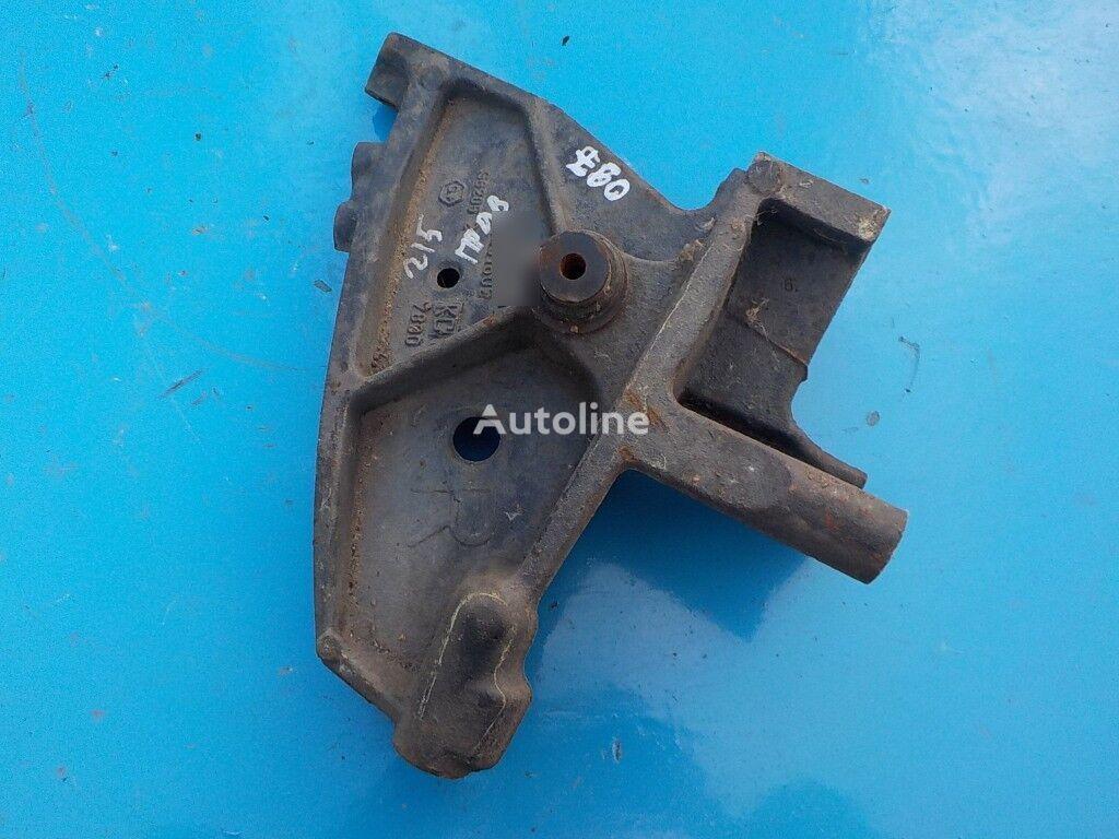 крепежни елементи переднего бампера за камион