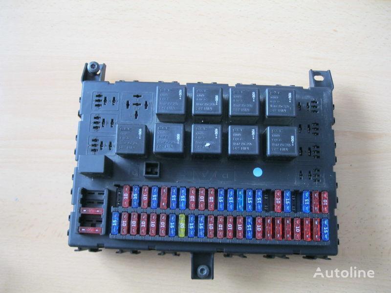 кутия с предпазители за влекач DAF XF 105