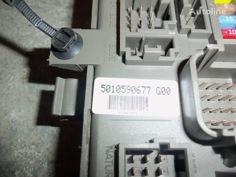 кутия с предпазители  Renault Premium DXI central electrical box, fuse box, 7421169993; 7421079590, 5010590677, 7421045777 за влекач RENAULT Premium DXI
