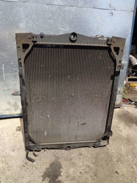 охлаждане на двигателя радиатора DAF за камион DAF 65CF
