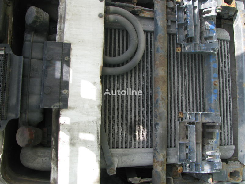 охлаждане на двигателя радиатора DAF за влекач DAF  XF,CF