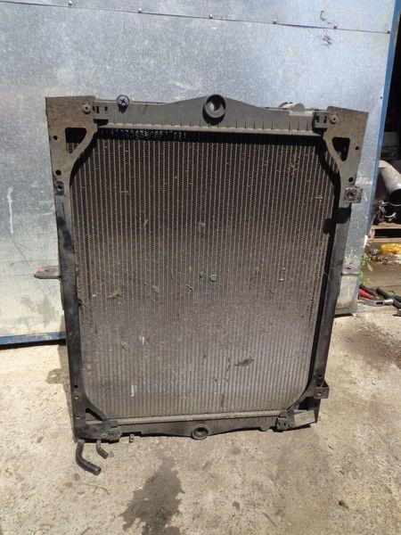охлаждане на двигателя радиатора за камион DAF 65CF